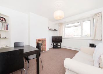 3 bed maisonette to rent in Connell Crescent, Ealing W5