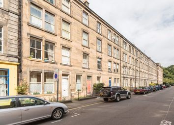 Thumbnail 2 bed flat to rent in Valleyfield Street, Tollcross