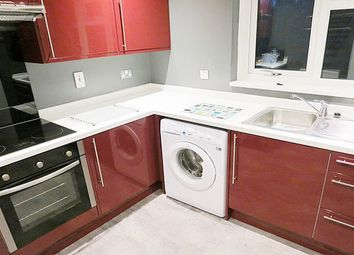 Thumbnail 2 bedroom flat to rent in Lincombe Drive, Leeds