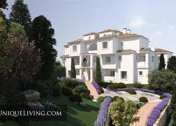 Thumbnail 4 bed apartment for sale in Nueva Andalucia, Costa Del Sol, Spain