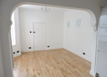 Thumbnail Studio to rent in Clyde Road, Brighton