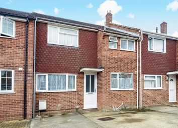 Thumbnail 3 bedroom terraced house for sale in Barry Avenue, Bicester