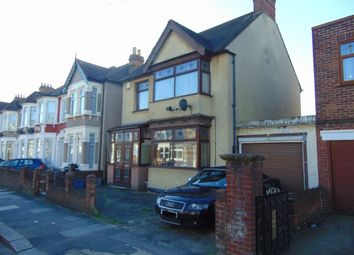 Thumbnail 3 bedroom detached house for sale in Haslemere Road, Seven Kings