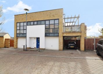 Thumbnail 2 bed flat for sale in Sanderling Way, Greenhithe