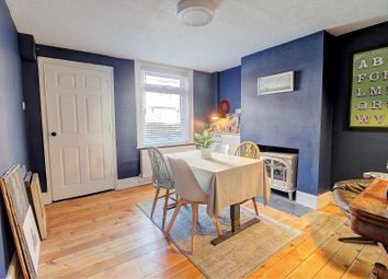 Flaxfield Road, Basingstoke RG21. 2 bed end terrace house for sale