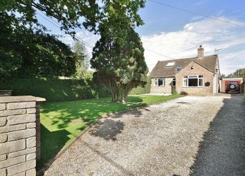 Thumbnail 3 bed detached bungalow for sale in Park Road, North Leigh, Witney