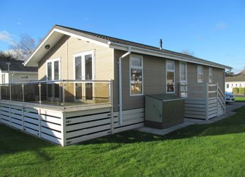 Thumbnail 3 bed mobile/park home for sale in Beaulieu Gardens Retreat (Ref 5183), Christchurch