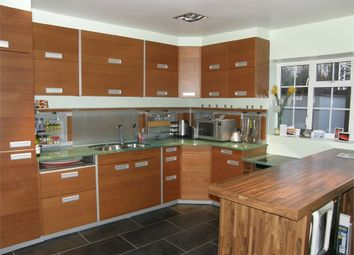Thumbnail 2 bed flat to rent in Bowers Parade, High Street, Harpenden, Hertfordshire