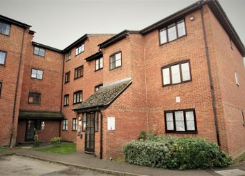 1 bed property to rent in Curzon Drive, Grays RM17