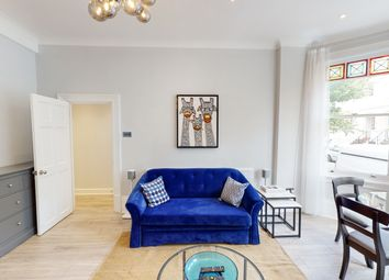Thumbnail 2 bed flat to rent in Kingdon Road, London