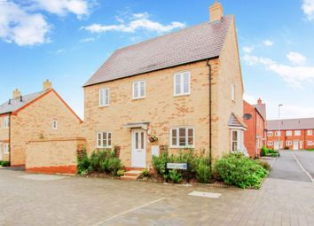 Thumbnail 3 bed detached house for sale in Lamb Close, Bedford