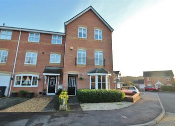 Thumbnail 4 bed town house for sale in Arcadia Close, Beggarwood, Basingstoke