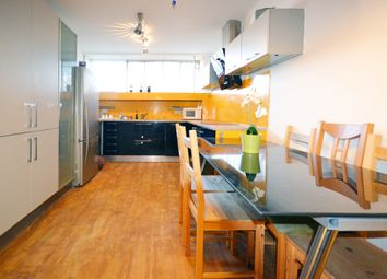 Thumbnail Room to rent in Rowley Way, London