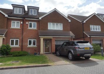 Thumbnail Town house to rent in Rocklands Drive, Sanderstead, South Croydon