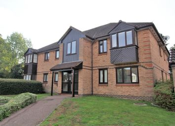 Thumbnail 2 bed flat for sale in Bornedene, Potters Bar