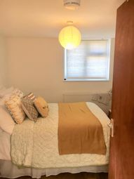 Thumbnail 2 bed flat to rent in Broad Lane, London