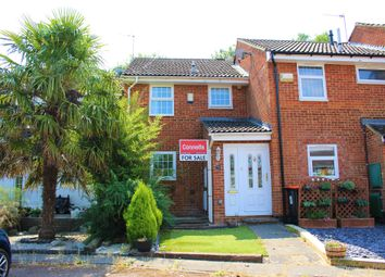 Thumbnail 3 bed terraced house for sale in Kendal Gardens, Leighton Buzzard