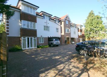Thumbnail 2 bed flat to rent in Grovelands Road, Purley