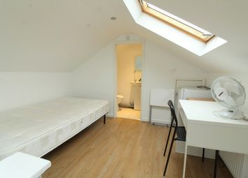 Thumbnail 5 bed semi-detached house to rent in 6Dw, New Cross, London