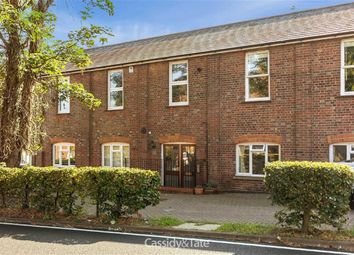 Thumbnail 2 bedroom flat to rent in Brewhouse Hill, Wheathampstead, Hertfordshire