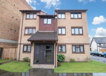 Thumbnail 1 bed flat to rent in Wicket Road, Perivale, Greenford