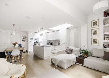 Thumbnail 2 bed flat to rent in Webb's Road, Battersea