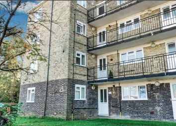 Thumbnail 1 bed flat to rent in Windsor Road, Welwyn