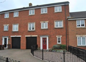 Thumbnail 4 bedroom town house for sale in Queen Elizabeth Drive, Taw Hill, Swindon