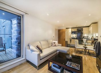 Thumbnail 1 bedroom flat for sale in 35 Indescon Square, London