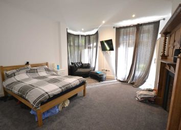 Thumbnail Room to rent in Abadair House, Redlands Road, Reading, Berkshire, - Room 1