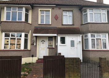 Thumbnail 4 bed shared accommodation to rent in Avenue Road, Erith
