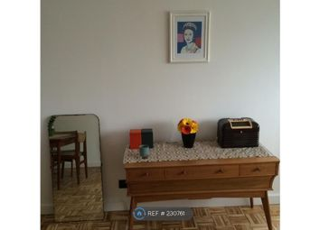 Thumbnail 2 bed flat to rent in Redlands Way, London