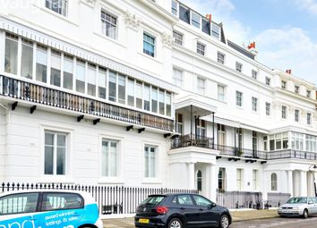 Lewes Crescent, Brighton, East Sussex BN2. 2 bed flat for sale