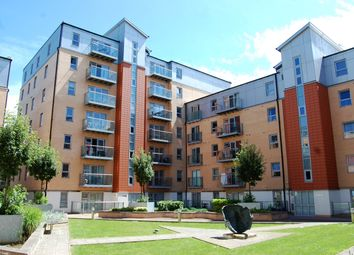 Thumbnail 1 bed flat to rent in Queen Mary Avenue, South Woodford