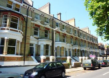 Thumbnail 1 bedroom flat to rent in St. Andrews Square, Surbiton