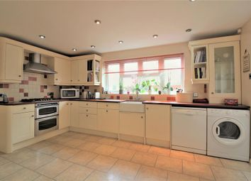Molloy Road, Shadoxhurst TN26. 4 bed detached house