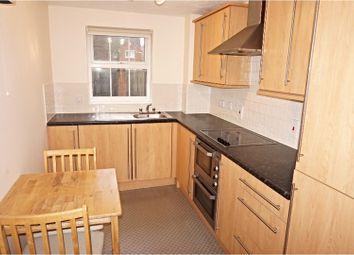 Thumbnail 2 bed flat to rent in Harrow Road, Fleet