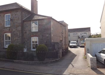 Thumbnail 1 bed flat to rent in Tehidy Road, Camborne
