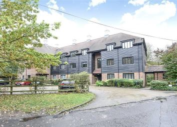 Thumbnail 2 bed flat to rent in Willow Court, Springwell Lane, Rickmansworth, Hertfordshire