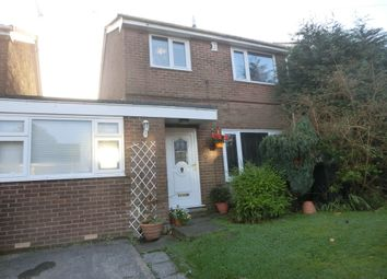 Thumbnail 4 bedroom link-detached house to rent in Kinder Close, Glossop