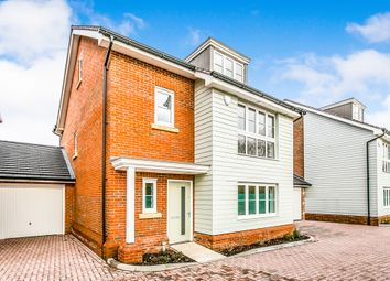Thumbnail 4 bed detached house for sale in Mulberry Place, Woodley, Reading