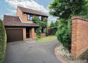 Thumbnail 3 bed detached house to rent in Cheviot Drive, Fleet, Hampshire