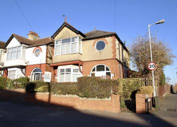 Thumbnail 3 bedroom detached house to rent in Trinity Road, Luton