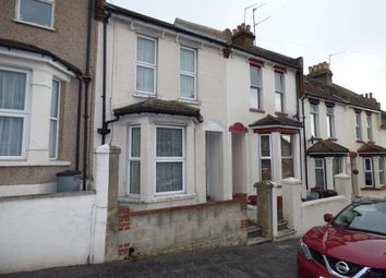 Thumbnail 4 bedroom shared accommodation to rent in Cecil Road, Rochester, Kent