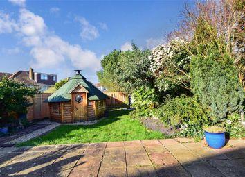 Ewellhurst Road, Ilford, Essex IG5. 3 bed detached bungalow