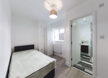 Thumbnail Room to rent in Rosebery Avenue, High Wycombe