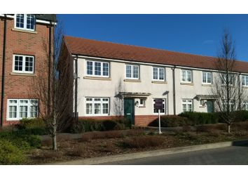 3 bed end terrace house for sale in Falcon Way, Bracknell RG12
