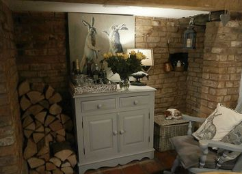 Thumbnail 2 bedroom cottage for sale in Church Street, Tewkesbury