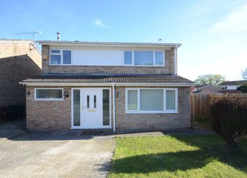 Thumbnail 4 bedroom semi-detached house to rent in Queensway, Caversham, Reading