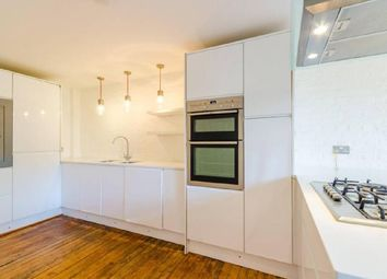 Thumbnail 2 bed flat to rent in Brecknock Road, Holloway